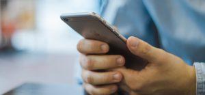 [html]iOS(iPhone)で電話番号に勝手にaタグが適用されてリンクになってしまうのを防ぐ方法